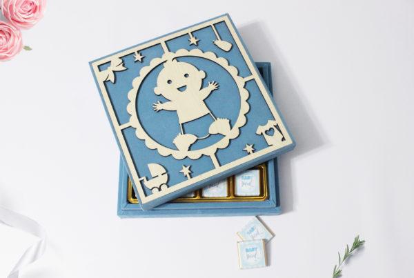 kadife kutu erkek bebek çikolatası